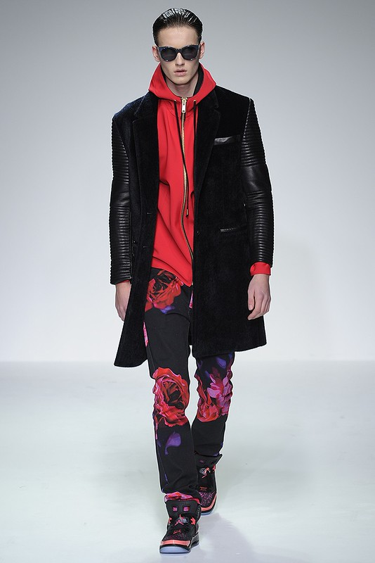 Katie Eary Men's RTW Fall 2013 - WWD - 12