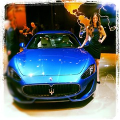 model car(0.0), automobile(1.0), automotive exterior(1.0), maserati(1.0), vehicle(1.0), performance car(1.0), automotive design(1.0), maserati granturismo(1.0), bumper(1.0), land vehicle(1.0), luxury vehicle(1.0), supercar(1.0),