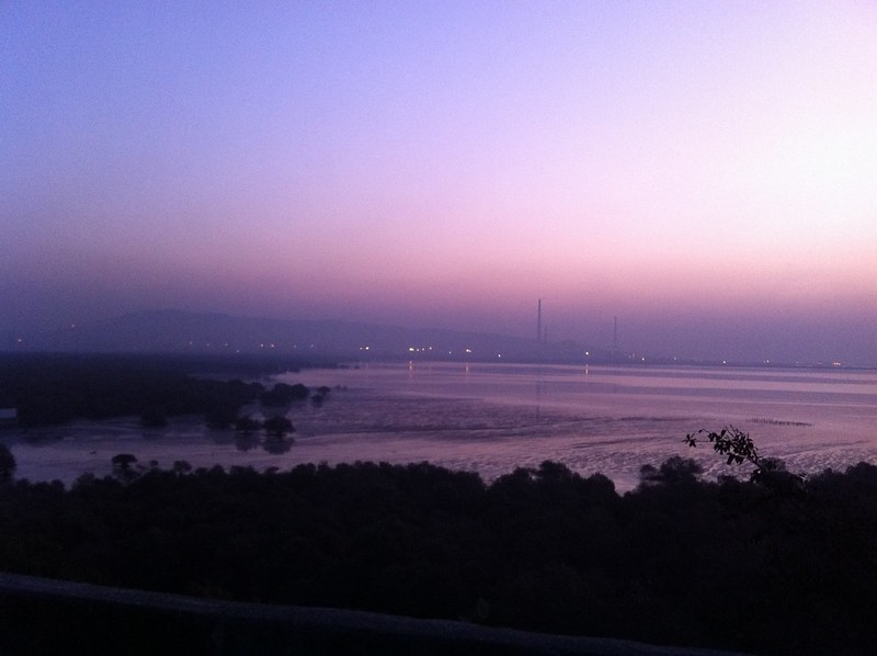 Dawn breaking over Sewri