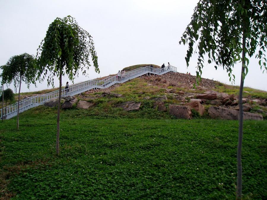 Gwanggaeto-wang stele14
