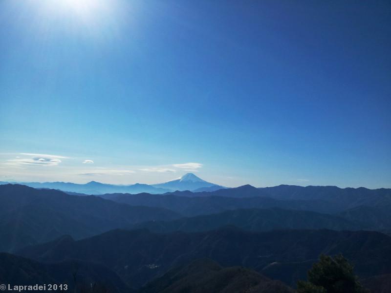 20130112 鷹ノ巣山山頂からの展望