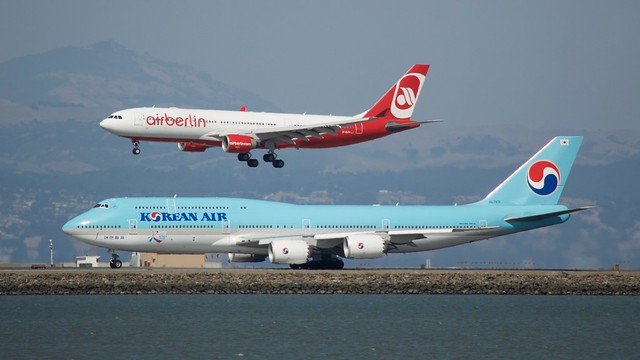 Air Berlin Airbus 330 -200 D-ALPA, Korean Air Boeing 747-8, HL-7631, port profiles, runway 28, SFO DSC_1817