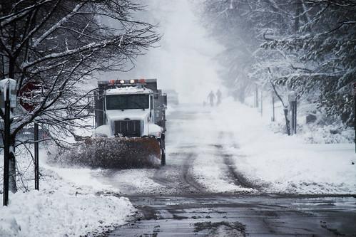 winter snow snowstorm bluish bloomingtonin eos500d canonefs55250mm canonrebelt1i