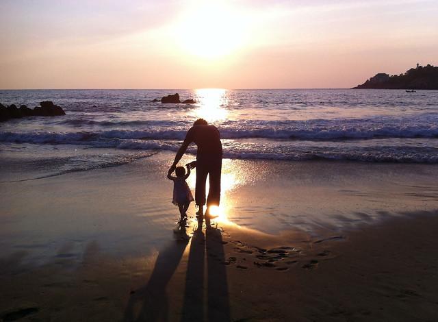15months-papa-vee-sunset
