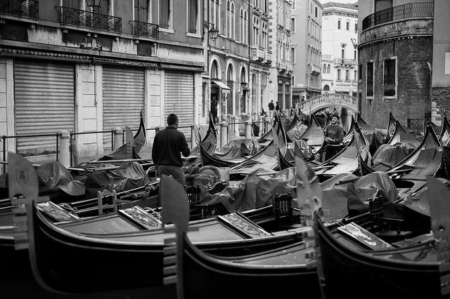 Italien-leica-summilux-street-bw-155.jpg