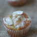 Almond-poppyseed muffins mini