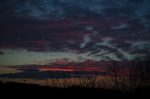 camera sunset sky sun weather clouds scotland nikon glasgow horizon whatever southside redsky unusual clydevalley yabbadabbadoo westcoastscotland digitalcameraclub explored d7000 yabadabbadoo cloudsstormssunsetssunrises