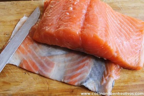 Tataki de salmon en nido de nabo daikon (3)