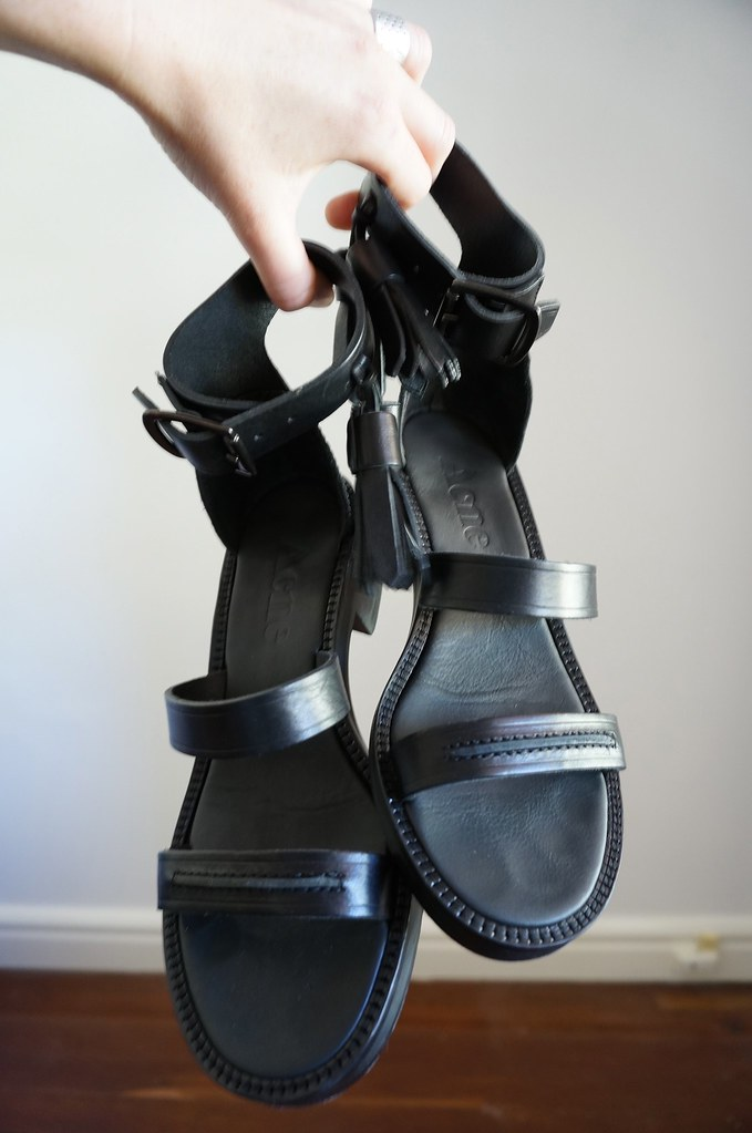 denim & tourist sandals