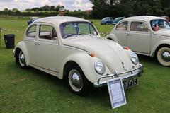 881 FXE 1962 RHD 1200cc VW Beetle