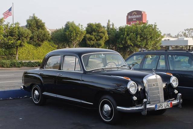 219 (W105) - Mercedes-Benz