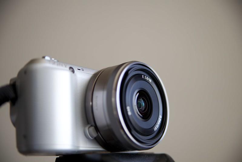 SONY NEX-C3 & E16mm F2.8