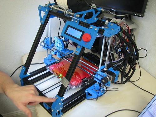MendelMax 3-D printer