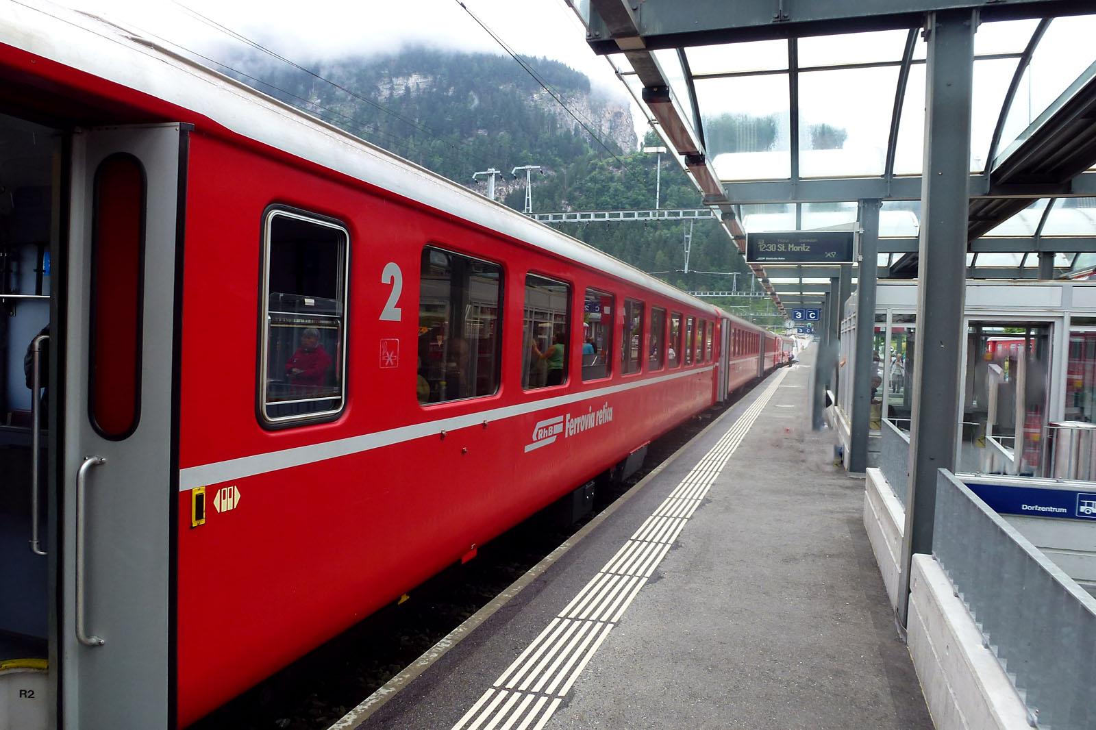 Este es el tren normal que hace el recorrido, con mucho más encanto
