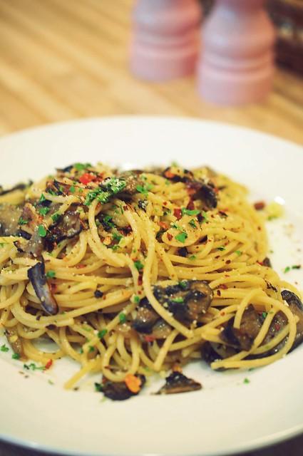 Aglio Olio & Mushroom - $12.9