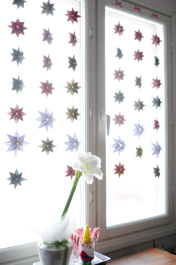 Paper star curtains kootut murut for Origami curtain