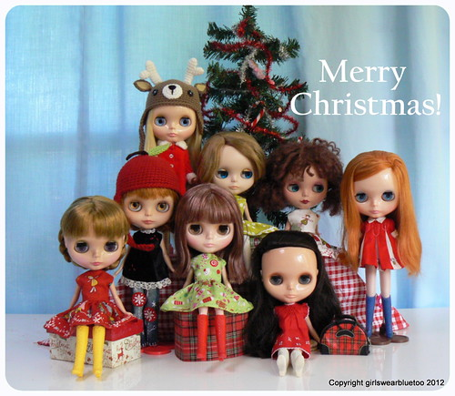 Dolly Family Christmas by GirlsWearBlueToo