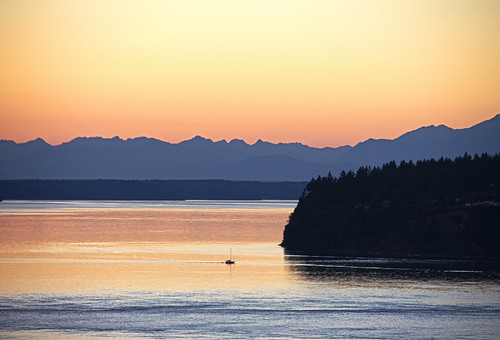 sunset mountains water boat washington sailing peaceful pugetsound olympics tranquil