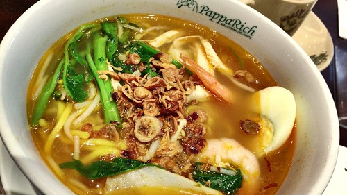 Prawn soup noodles at PappaRich Malaysian restaurant