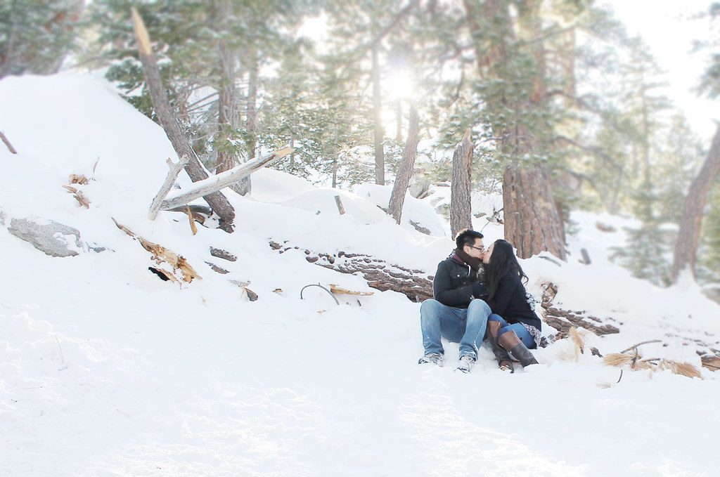 A&H kiss in san jacinto mtns