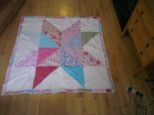 giant star quilt finished