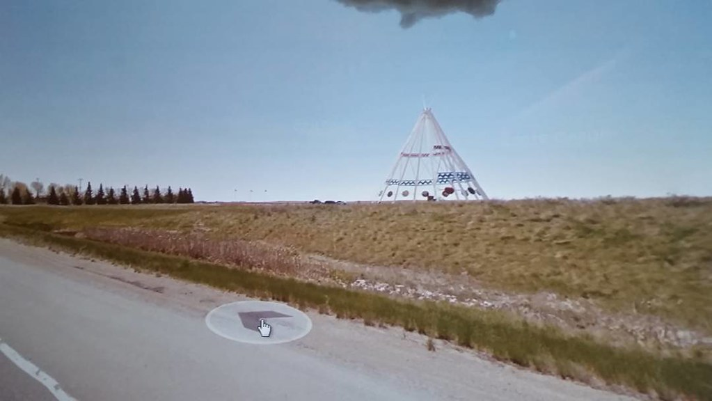 Beauty and teepee in Medecine Hat #ridingthroughwalls in the #prairies