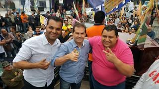 Paulinho da Força participa de campanha em Embu-Guaçu