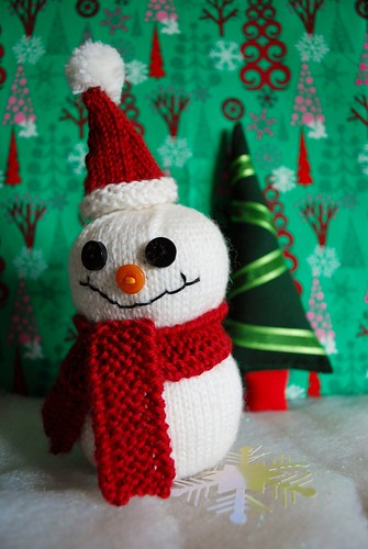 Fred the Snowman Plus Minikins hat