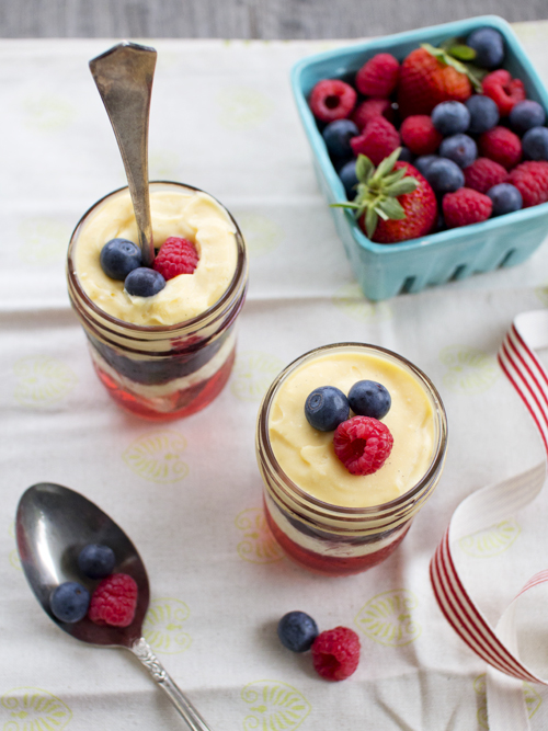 berry moscato trifle