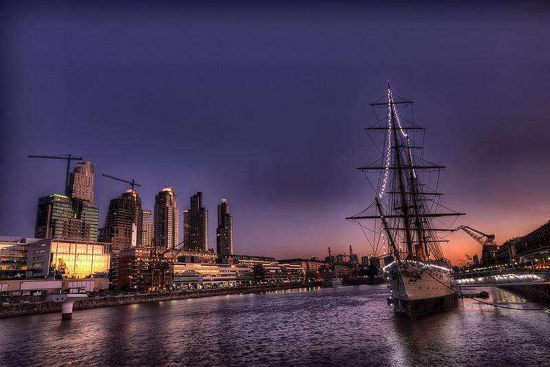 La fragata - The frigate