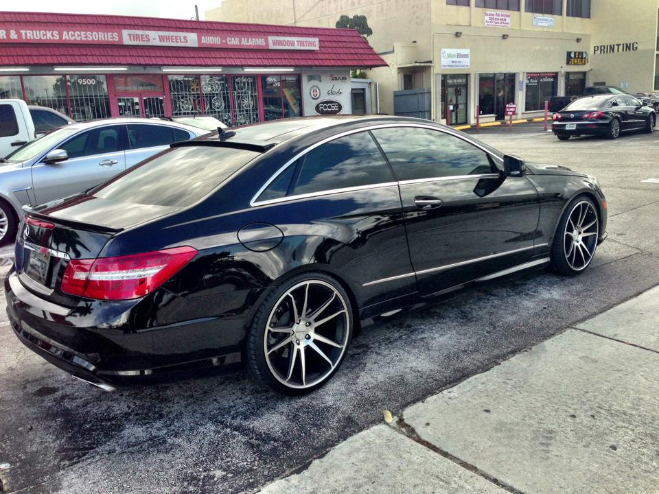 Mercedes Benz E550 On Concavo Cw S5 Matte Black Machined