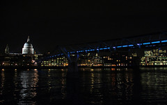 St Pauls and the Wobbly bridge