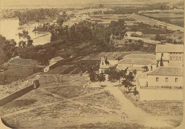 Basílica del Cristo de la Vega hacia 1875. Fotografía de Casiano Alguacil © Museo del Traje. Centro de Investigación del Patrimonio Etnológico. Ministerio de Educación, Cultura y Deporte