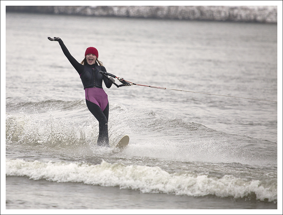 New Year's Waterskiing On The Mississippi 5