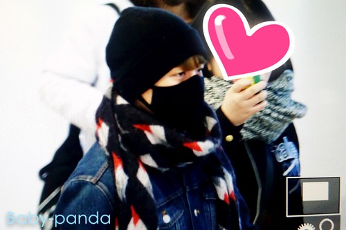 Big Bang - Gimpo Airport - 15jan2015 - Seung Ri - Baby Panda - 01