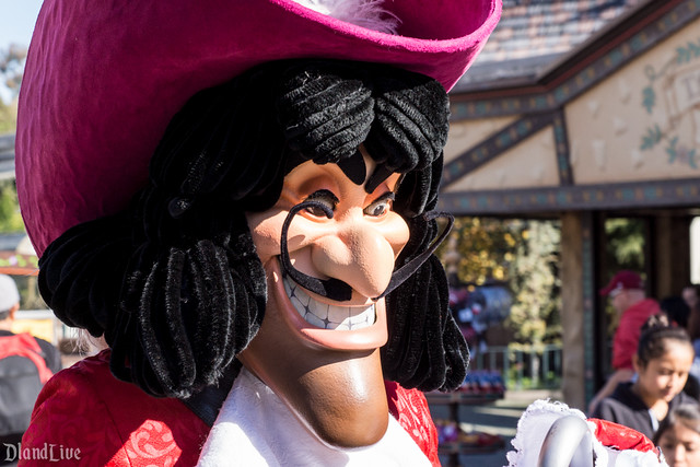 Captain Hook - Disneyland