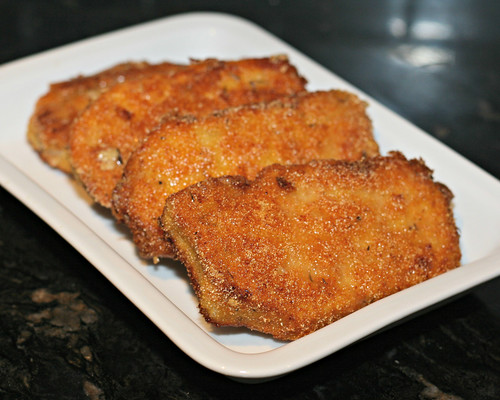 Cornmeal Crusted Porkchops