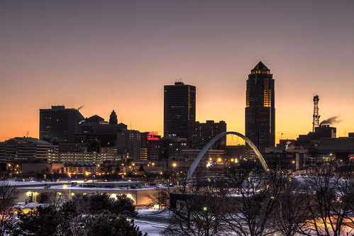 Des Moines at Night!