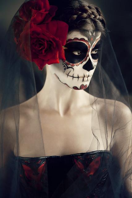 Anna Theodora - voilette de tulle noir, premier accessoire du deuil