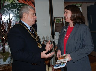 Lord Mayor of Norfolk County Dennis Travale and Becky McCray talking about Small Town Rules