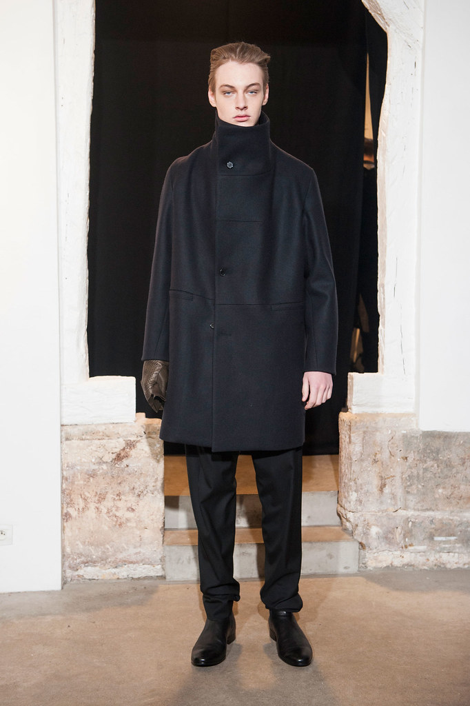 FW13 Paris Gustavolins007_Roberto Sipos(fashionising.com)