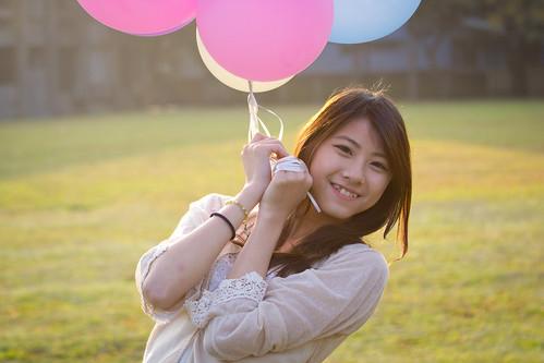[フリー画像素材] 人物, 女性 - アジア, 風船, 台湾人 ID:201302051800