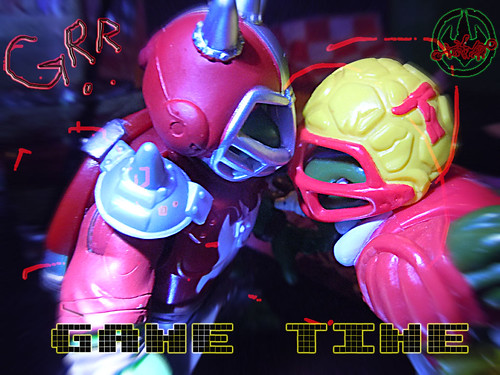 """MUTANT EXTREME SEWER SPORTS"" TEENAGE MUTANT NINJA TURTLES :: M.E.S.S. RAPH xiii / with T.D. TOSSIN' LEO '91 (( 2006 ))"