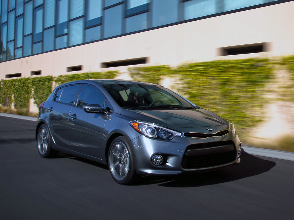 Forte and cee d are identical mechanically this time but kia decided to give forte hatch a completely different rear 1 2 the front 1 2 is pretty much the