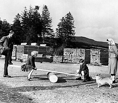 1957 Visit to a sawmills on the Balmoral Estate
