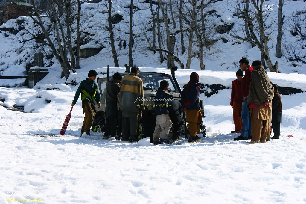 Muzaffarabad Jeep Club Neelum Snow Cross - 8472100254 81dc76467f b