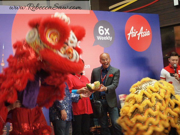 Air asia x - shanghai inaugural flight - lcct-001