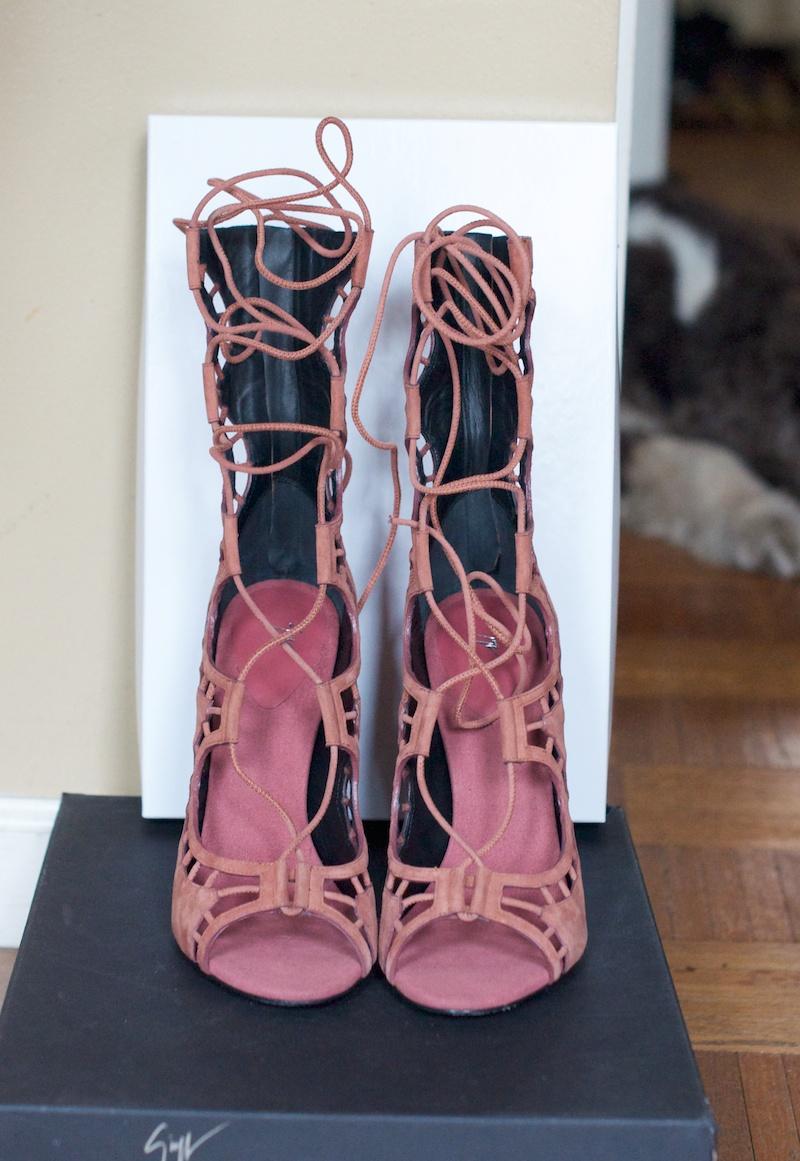 Giuseppe Zanotti scallop heels