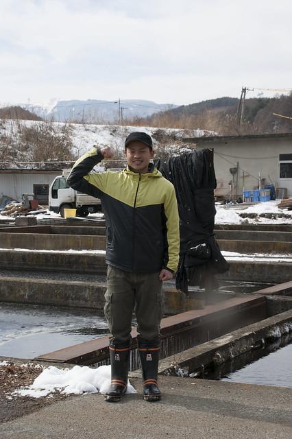八千穂漁業の佐々木隆文さん_拡大