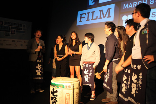 director Sakino and cast of SAKE-BOMB